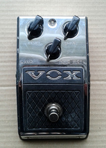 Vox-V830-DistortionBooster