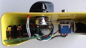 SeymourDuncan-SFX-02-Tweak Fuzz-guts2