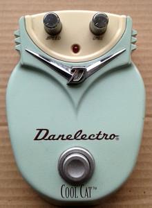 Danelectro-DC1-18V-CoolCatChorus